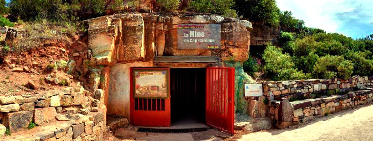 4-musee-mine-garonne-Port-oursinieres-Pradet-Capitainerie-Parking-Bateau-compressor
